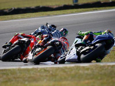 Lorenzo se despide de Yamaha en Cheste a lo grande