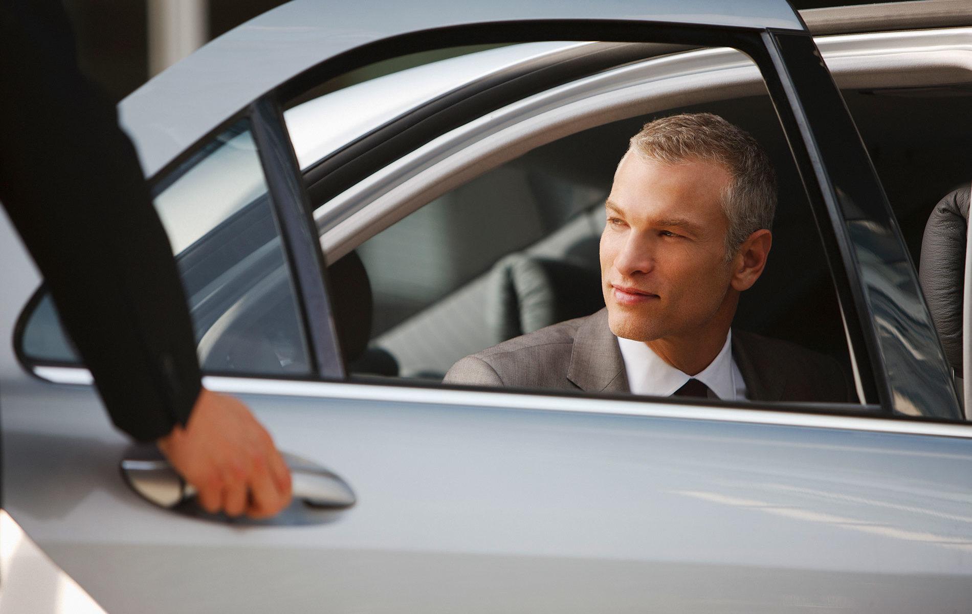Cómo se reconoce a un chófer profesional