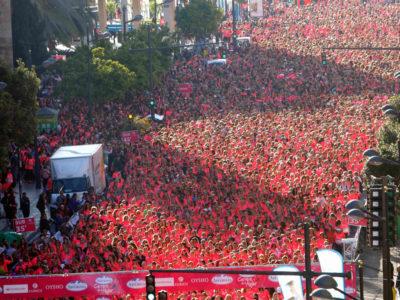 16.000 mujeres tiñen Valencia de rosa
