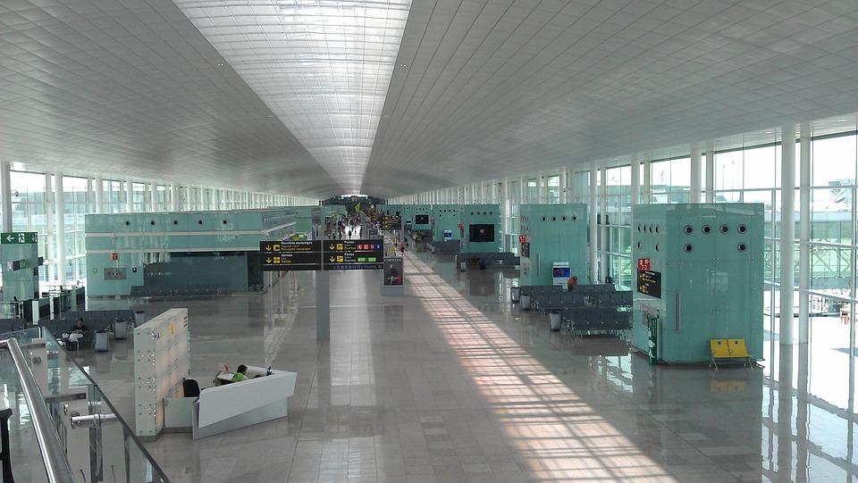 Traslados del aeropuerto de Barcelona a Valencia 1