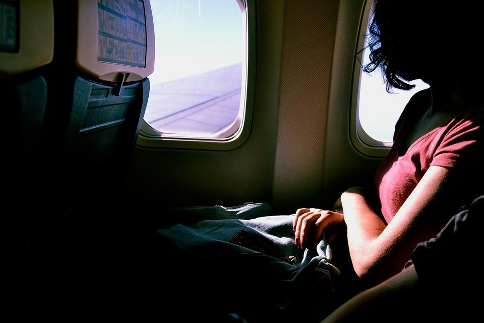 Alquilar un servicio de transfer para recogida en el aeropuerto de Alicante 3