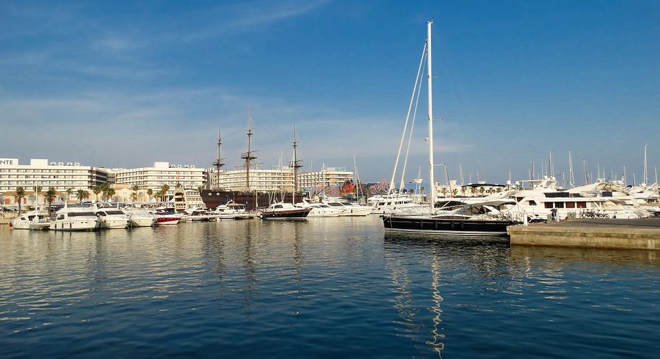 Traslados del puerto al centro de Valencia 1