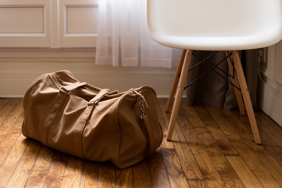 ¿Qué llevar en tu maleta de mano en un viaje de negocios? 3