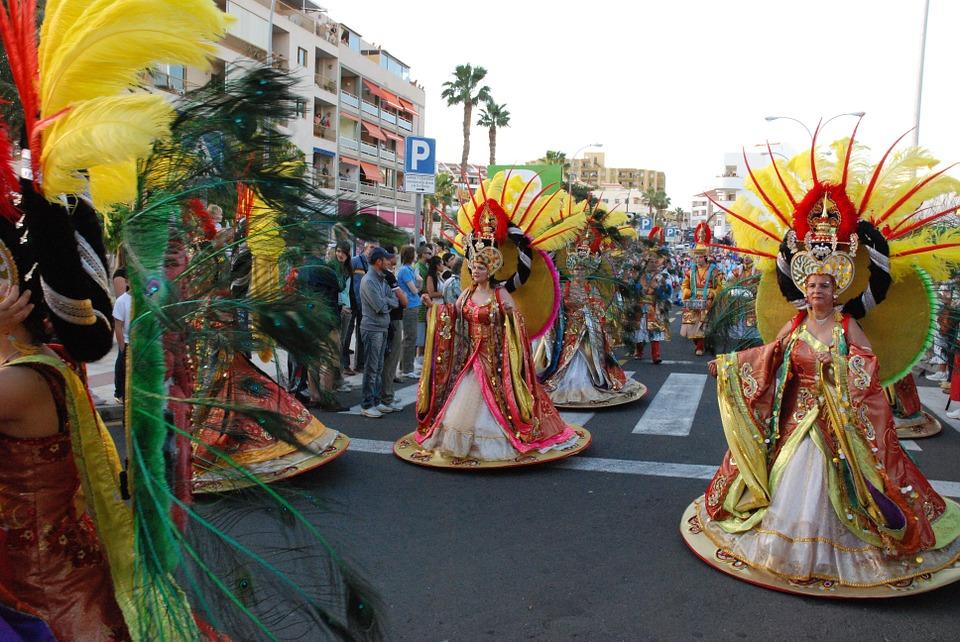 Ciudades de España donde viajar para disfrutar del Carnaval
