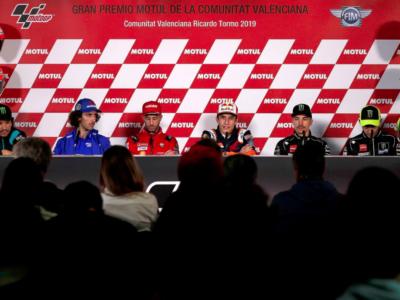 Rossi todavía encandila a la afición valenciana